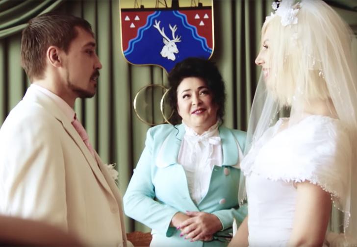 Фото №1 - «Пьяная любовь»: неожиданно смешной клип Димы Билана про беспощадную русскую свадьбу