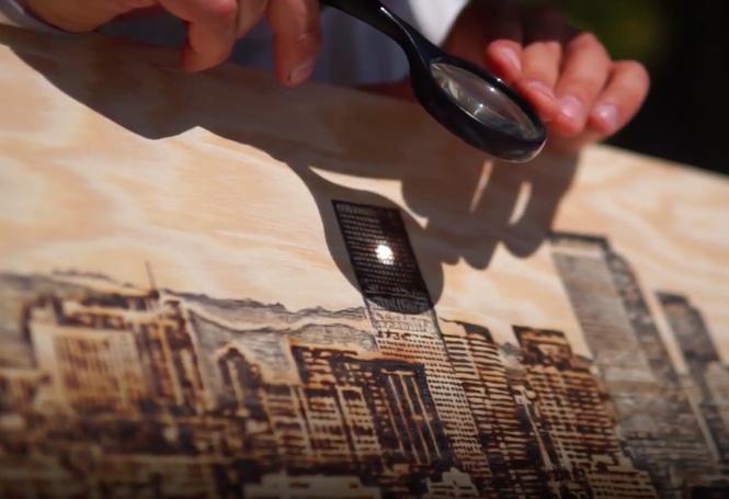 художник выжигает работы дереве видео