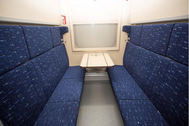 Фото №2 - Трансмашхолдинг показал, как будут выглядеть новые купе в российских поездах