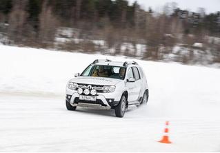 Renault обещает сделать свою водительскую академию доступной для всех желающих