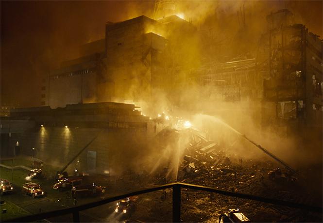 Фото №1 - Мини-сериал «Чернобыль» от HBO: MAXIM обсуждает первую серию
