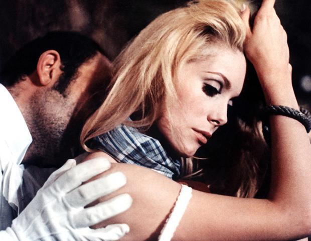 Фото №10 - 13 самых сексуальных сцен из фильмов!