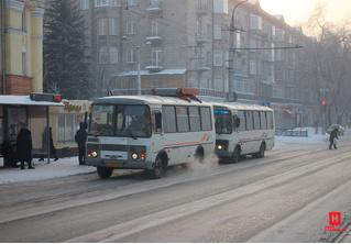 В Новокузнецке автобусный перевозчик отменил льготы для пенсионеров из-за хамства пассажиров