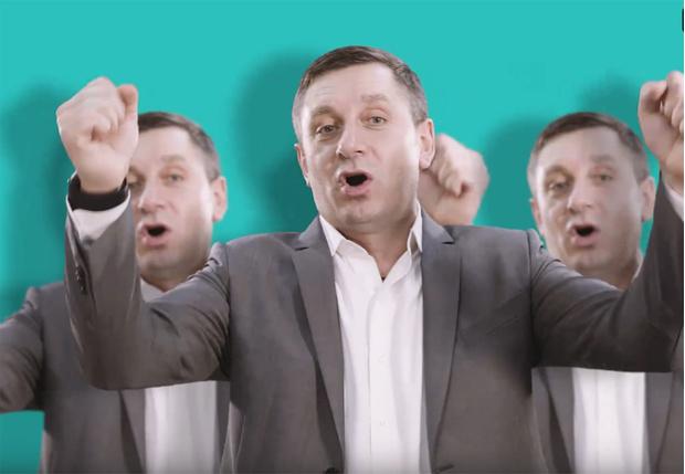 Фото №1 - Московские кандидаты записали рэп в поддержку выборов, и на это почти не стыдно смотреть (видео)