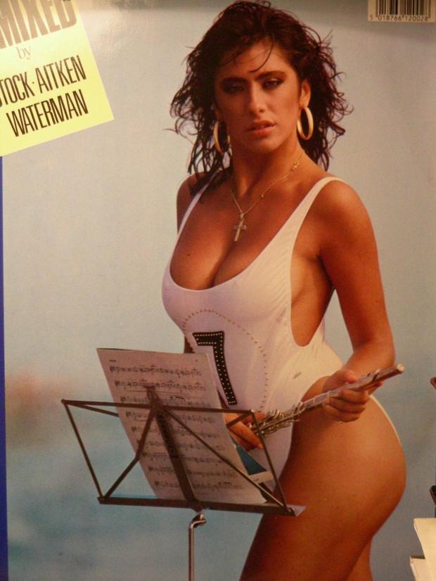 Фото №6 - Секс-символ недели: Сабрина Салерно