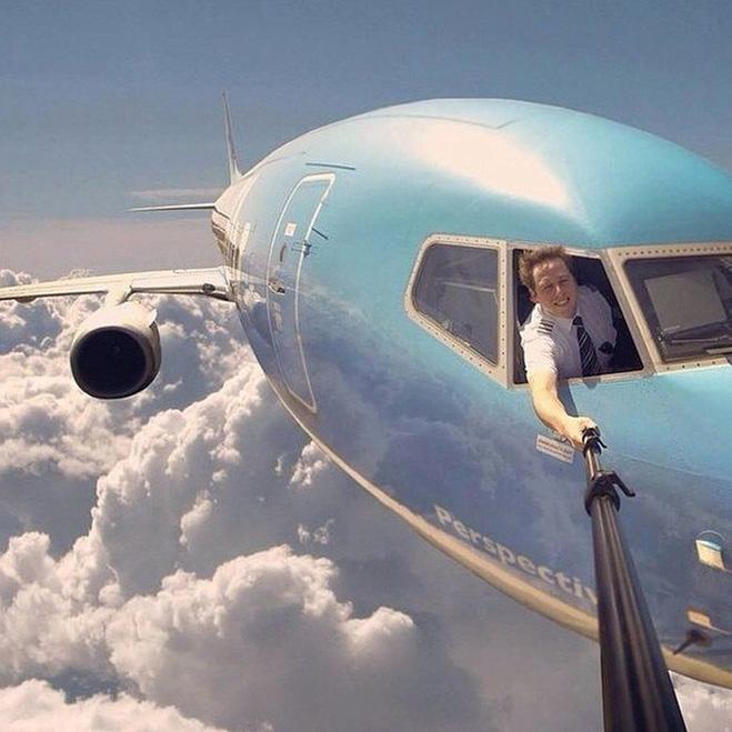 Пилот с моноподом