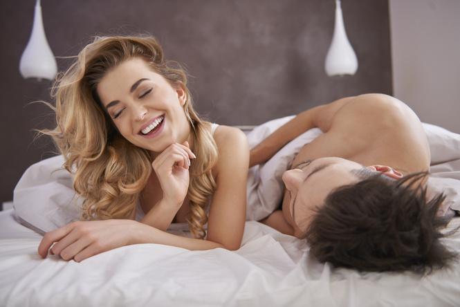 Сам снял секс со своей девушкой фото, порно в обтягивающих строгих брюках