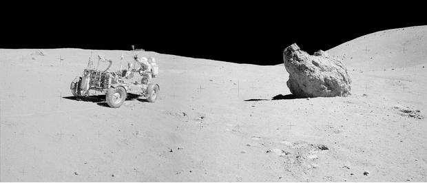 Фото №5 - NASA показало ранее не опубликованные панорамы, снятые во время высадки на Луну (фото)
