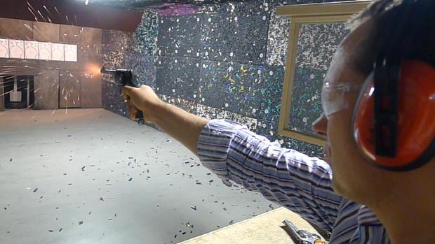 Фото №12 - Каково это — стрелять из ППШ, маузера, нагана, винтовки Мосина и еще девяти видов огнестрельного оружия