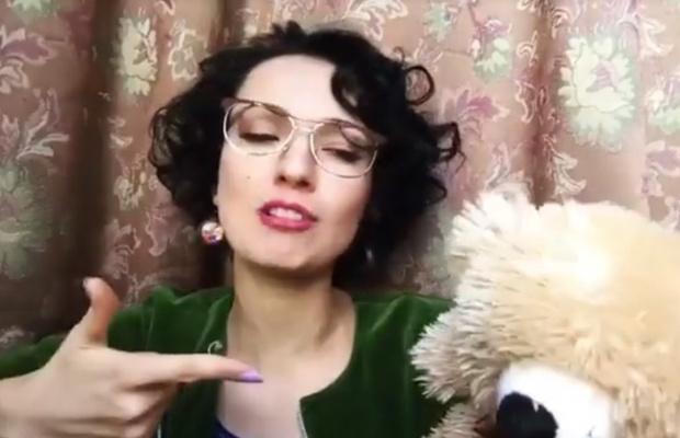 Фото №6 - Красивая и смешная! Питерская актриса Евгения Свиридова сразила нас веселыми видео и ямочками