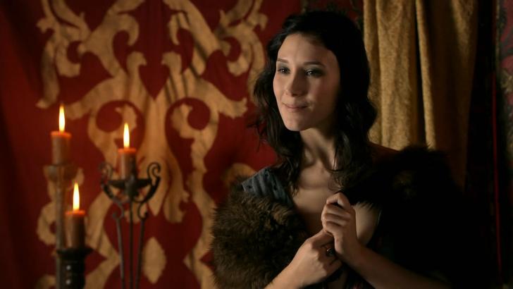 Фото №2 - Актриса из «Игры престолов» оказывает секс-услуги на дому