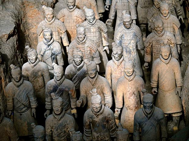 Терракотовые воины из гробницы первого императора династии Цинь