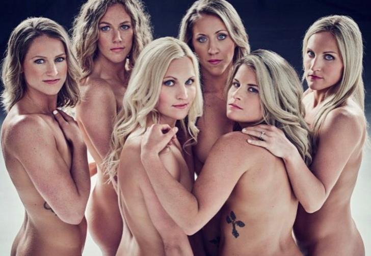 Фото №1 - Спортсменки снова сфотографировались совершенно голыми!
