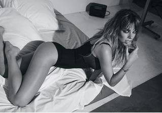 Долгое утро! Анна Старшенбаум в ошеломляющей черно-белой фотосессии