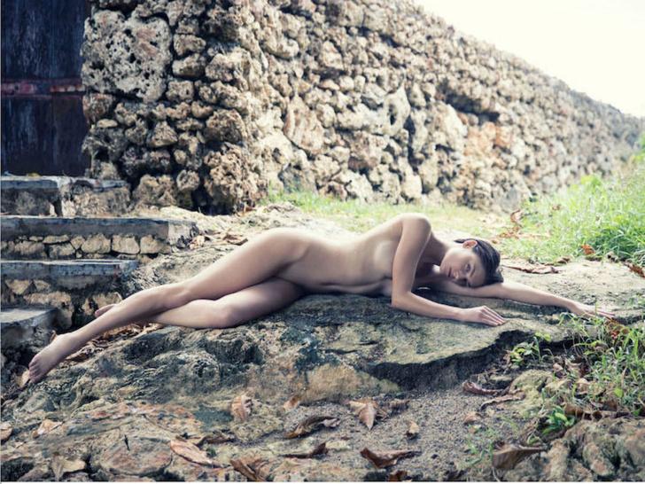 Фото №2 - Майли Сайрус, Крисси Тейген и другие сексуальные красавицы этой недели!
