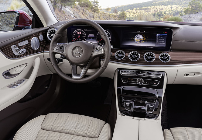 Mercedes-Benz представил новое купе Е-класса