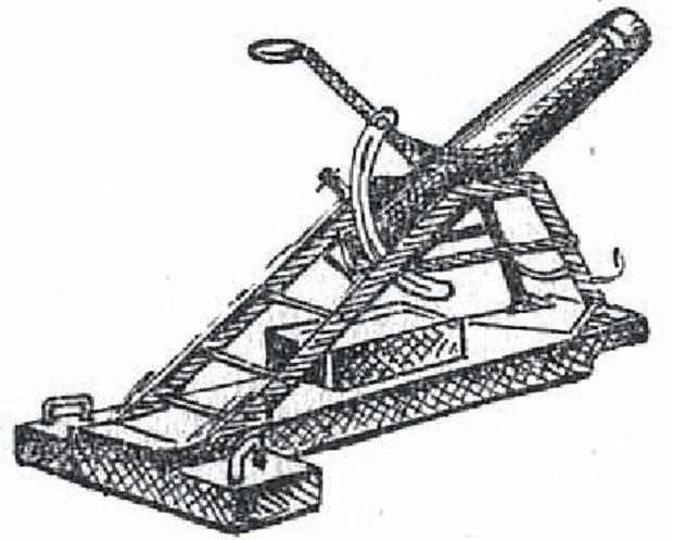 Русский конструктор генерал Л.Н. Гобято изобрел первый в мире миномет, стрелявший 47-мм оперенной миной.