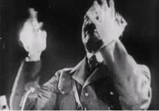 Древний ролик про Гитлера назван первой кинопародией