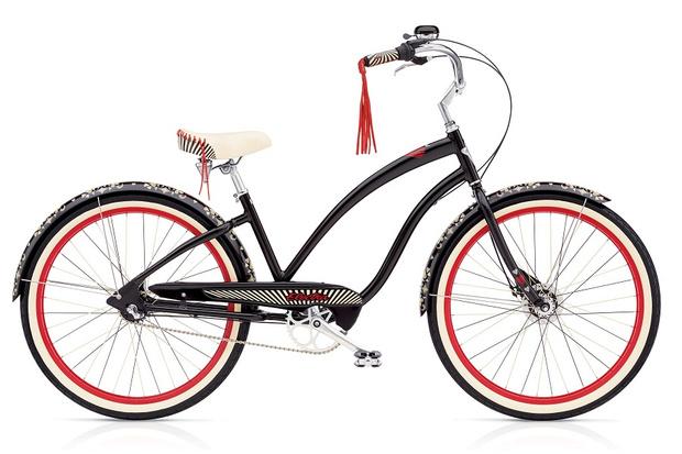 Фото №4 - Подиум для велосипедов: модный показ Electra по случаю 25-летия бренда