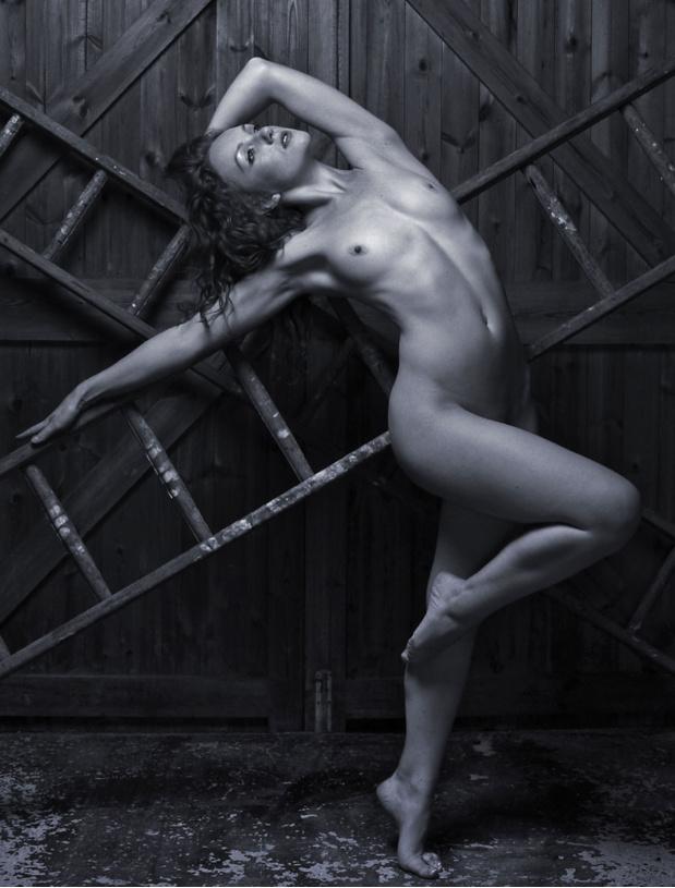 art woman  - MAXIM