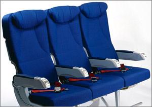 Займи сразу три места в самолете