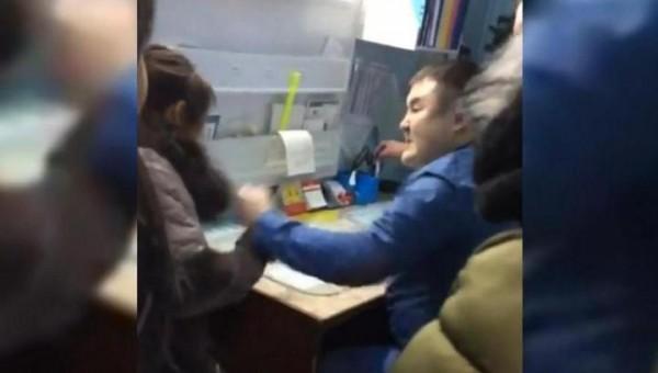 Фото №2 - Заведующий больницы избил пациентку, которая хотела снять побои, нанесенные им же (ВИДЕО)