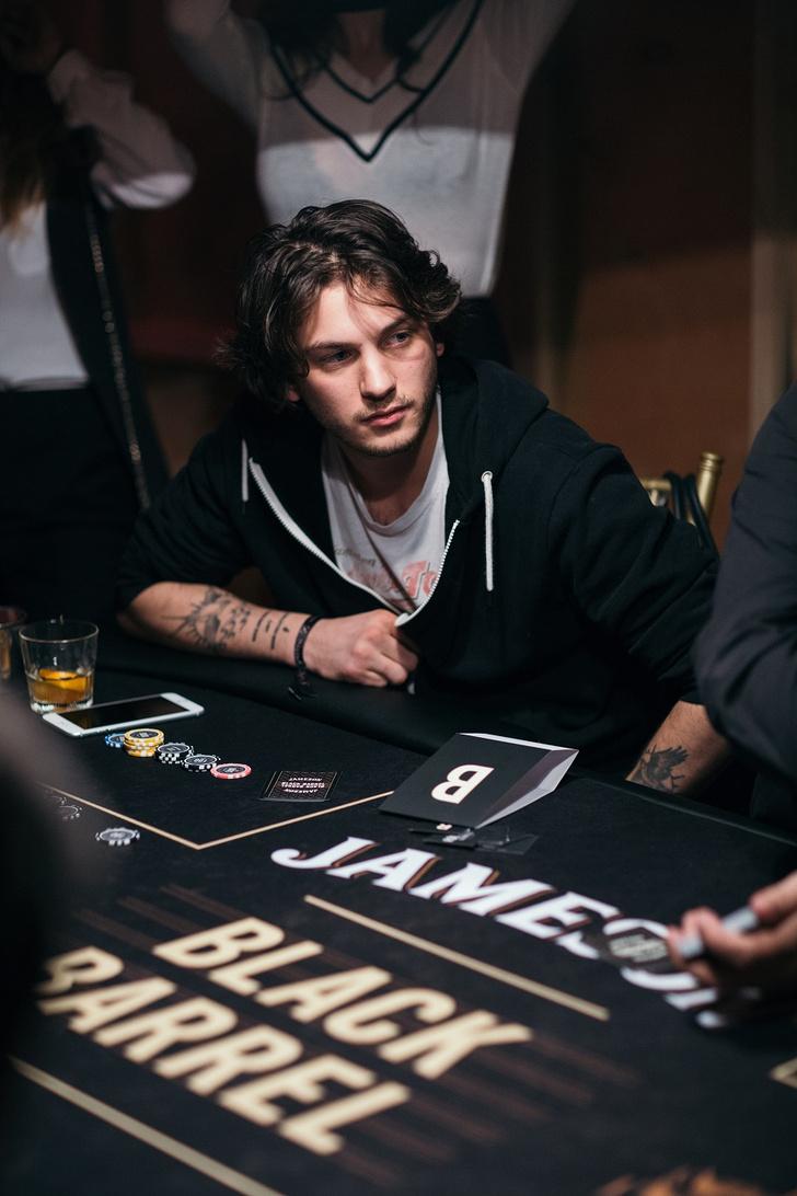 Фото №10 - Состоялась заключительная покерная вечеринка из серии Jameson Sips&Chips