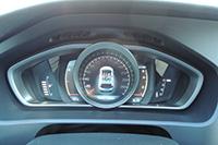 Фото №3 - Volvo V40 Cross Country: быстрый  и безопасный