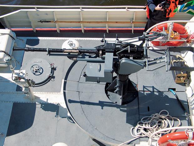 Фото №2 - Как устроен патрульный катер «Мангуст» с ракетной установкой