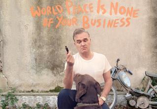 5 причин наконец выбраться из подвала и послушать новый альбом Morrissey
