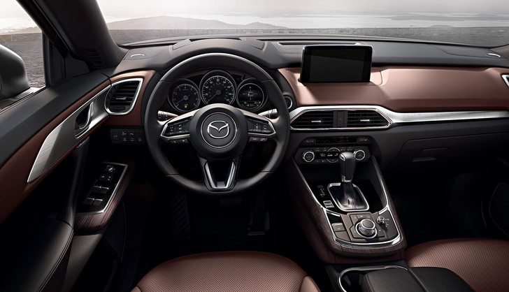 Фото №4 - Гигант Mazda CX-9 едет в Россию: цена уже объявлена