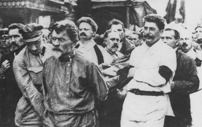 Сталин на похоронах Дзержинского