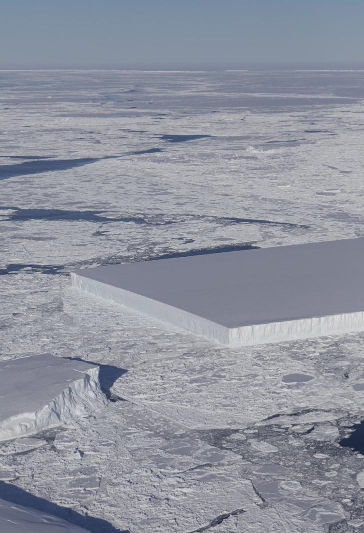 Фото №2 - NASA показало айсберг идеальной формы (фото восторженно прилагаем)