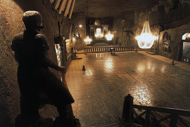 Фото №4 - 8 красивых и странных подземных городов