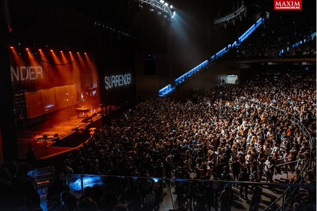 Фото №23 - Hurts: что творилось на концерте, собравшем всех девочек Москвы