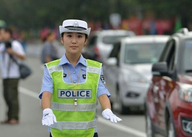 Фото №1 - Способ заплатить штраф в Китае: принести извинения в социальной сети и собрать достаточно лайков