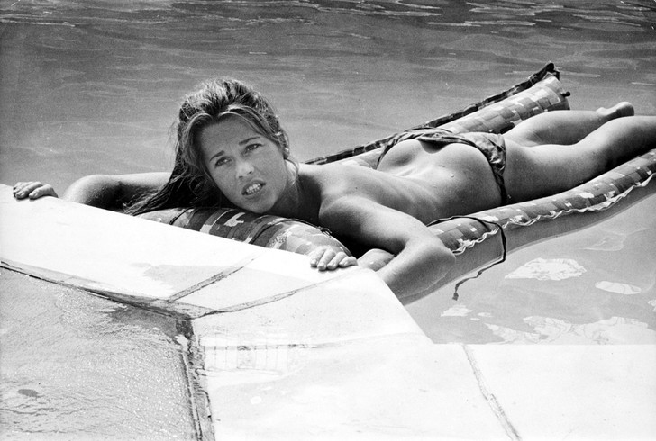 Фото №7 - Сегодня Джейн Фонде исполняется 82 года! Фотографии лучшей Барбареллы в мире!