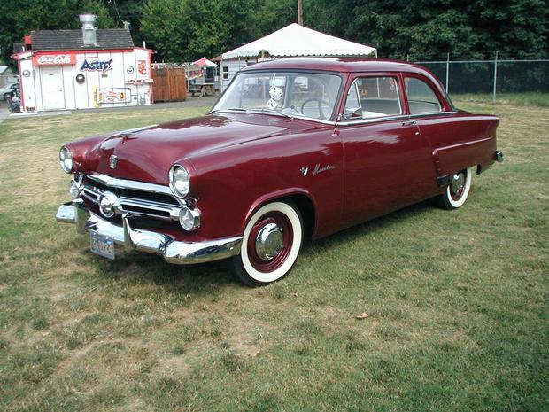 "Ford Mainline 1952 года. Похож на ""волжанку""? Похоже..."