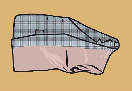 Как правильно хранить пуховик, костюм, свитер и носки