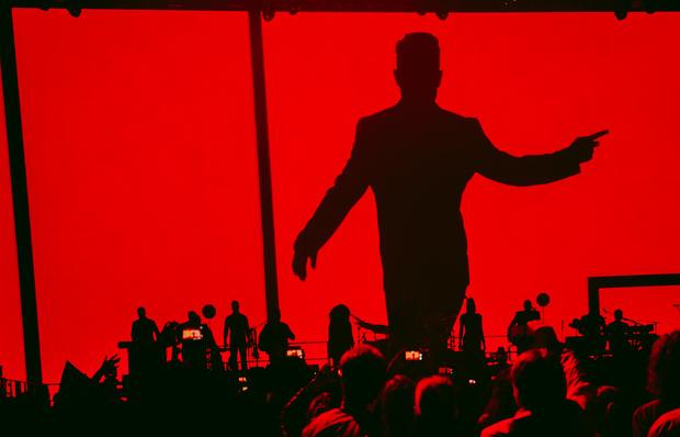 Фото №1 - Робби Уильямс с размахом отпраздновал Пасху в Москве