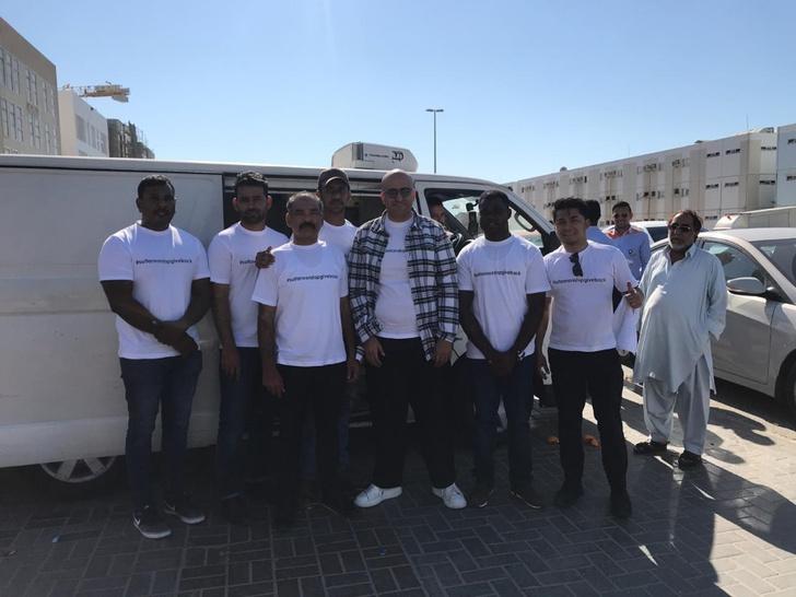 Фото №1 - Султан-филантроп призывает к спасению мира в Instagram