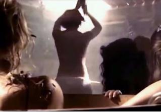 Та самая сцена в женской бане из китайского ремейка «А зори здесь тихие…»