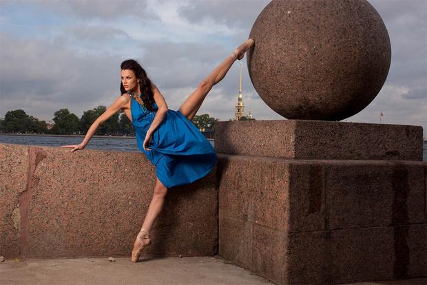 Выставка Олега Зотова «Балет двух столиц» в ТГ «Модный сезон»