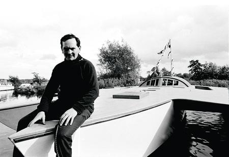 Плот больного воображения: захватывающая история самого неудачливого яхтсмена в истории