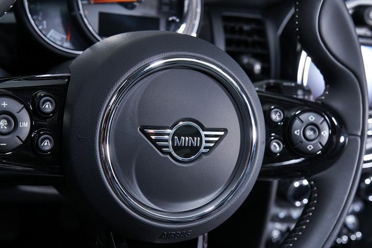 Фото №7 - Новое поколение: MINI 3 двери, MINI 5 дверей и MINI Cabrio