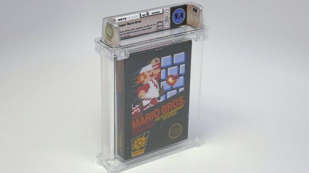 Фото №1 - Старый нераспечатанный картридж Super Mario Bros продали на аукционе за 100 тысяч долларов