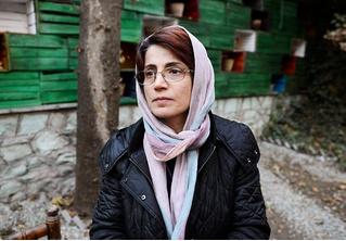 Иранскую правозащитницу приговорили к 33 годам тюрьмы и 148 ударам плетьми
