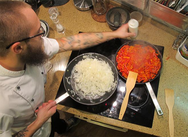 Фото №1 - Кулинарная мастерская Just Cook: пир во время вечеринки
