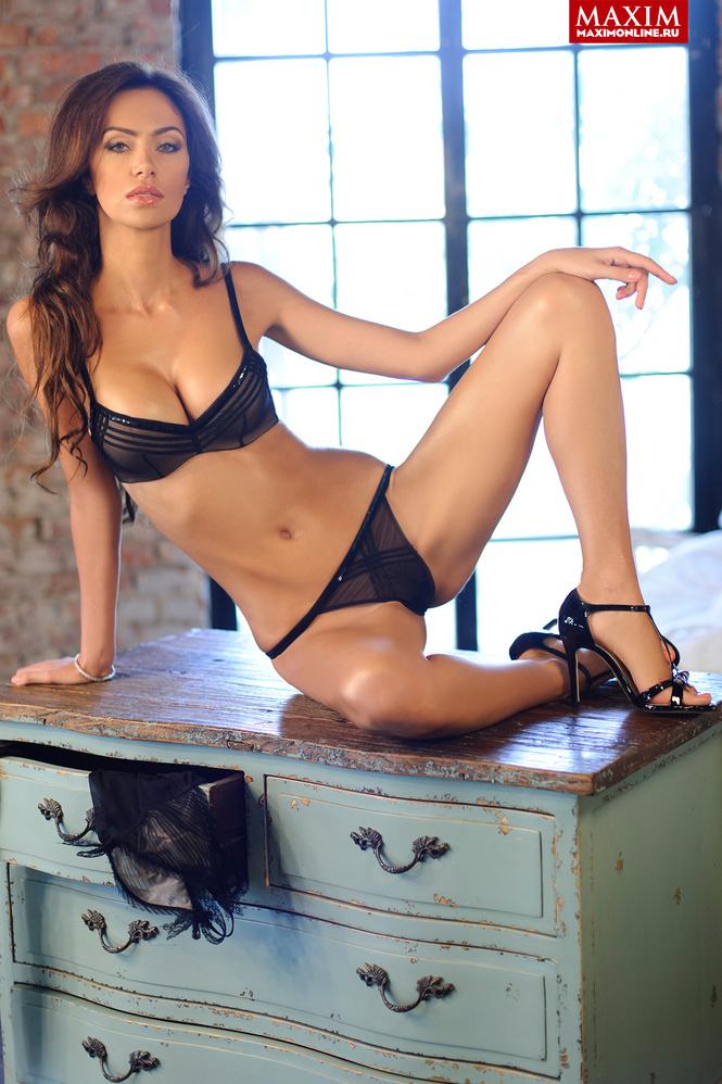Порно в одежде Изумительные женщины в одежде! Отличное