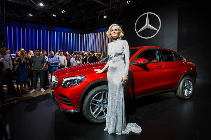 Фото №2 - Mercedes-Benz закатил вечеринку